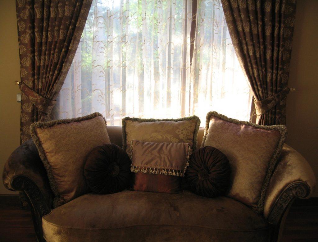 Najlepsze pomysły na dekoracje okna