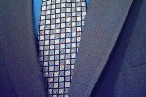 Węzeł św. Andrzeja – krawat od święta i do pracy
