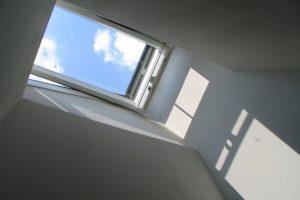 Co powiesić w oknach?